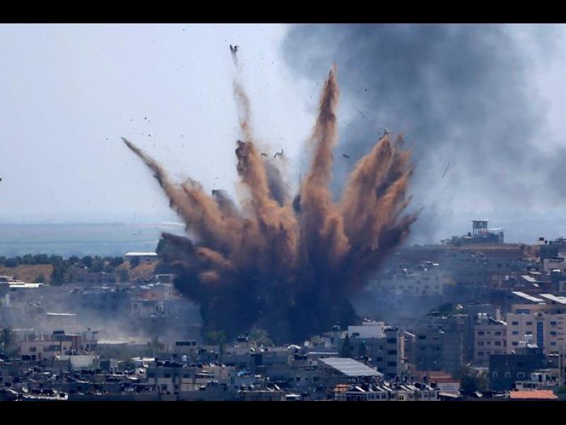 """Израел и """"Хамас"""" се съгласиха да прекратят огъня"""