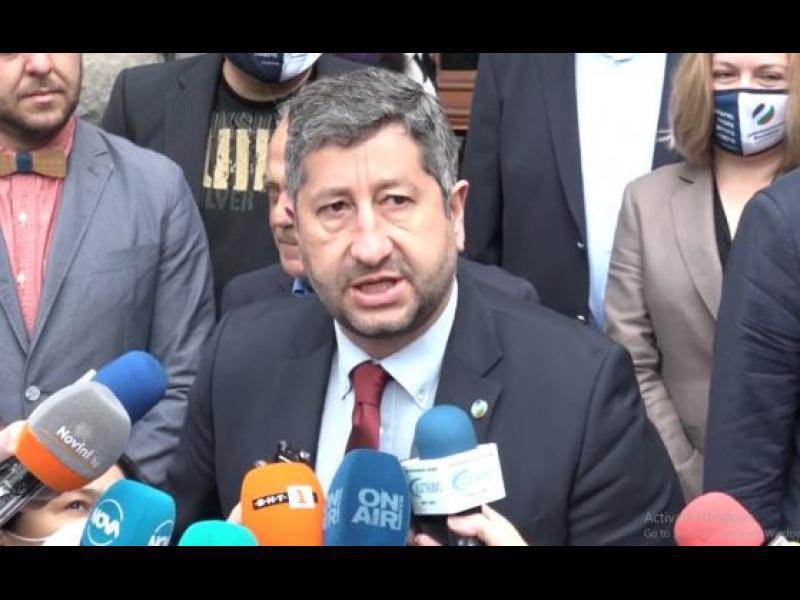 Христо Иванов: ''Страхуването'' няма да бъде толкова голям фактор. Изборите ще са много по-свободни