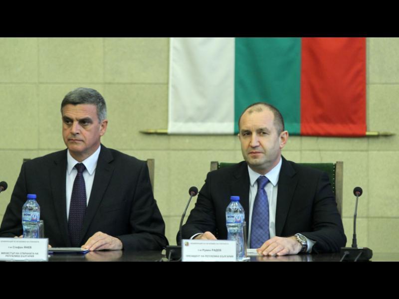 Стефан Янев е новият служебен премиер. Кои са министрите