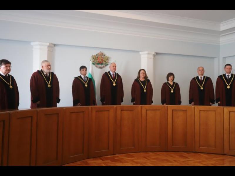 КС отмени поправките на Пеевски, свързани с КТБ