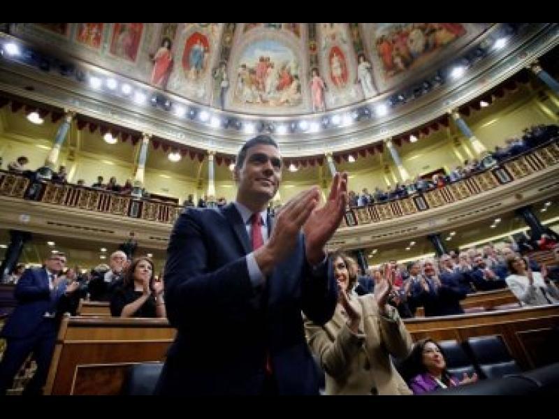 Испанският премиер ще предложи помилване на каталунски сепаратисти - картинка 1