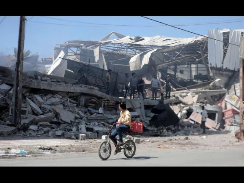 Израел атакува обекти на Хамас в Газа