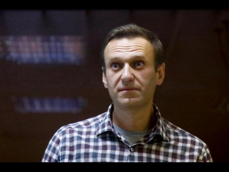 Документи от тестове на Навални след отравянето му са подправени, твърди екипът му