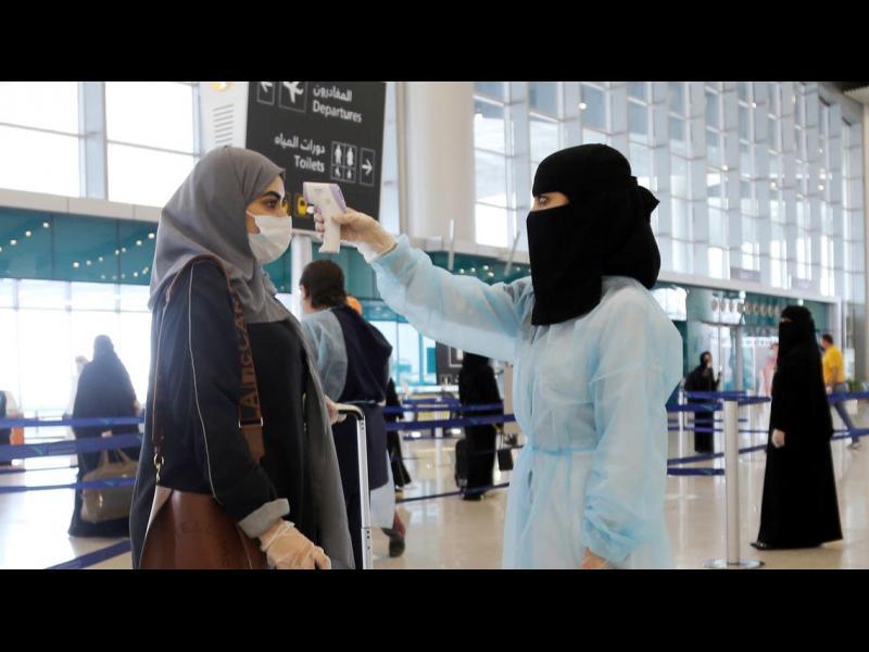 Саудитска Арабия плаши гражданите си с 3-годишна забрана за пътуване, ако посетят страна от червената зона - картинка 1