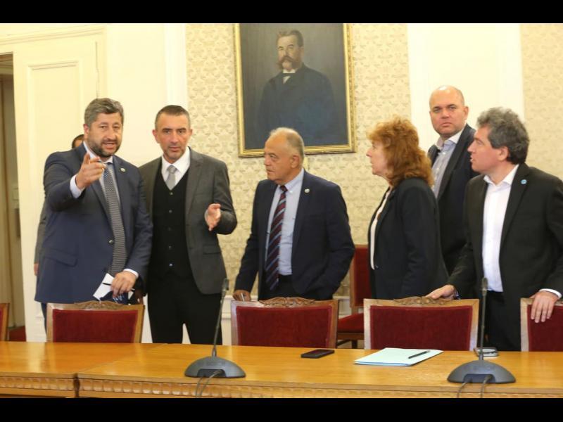 След срещата ИТН - ДБ: Най-добре е да има кабинет с първия мандат. Нямаме различия