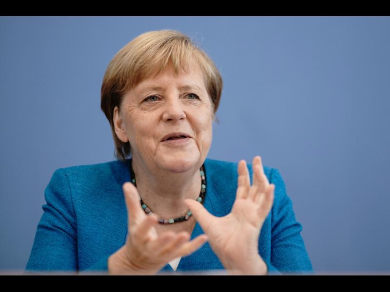 """Меркел: """"Ваксинирайте се!"""""""