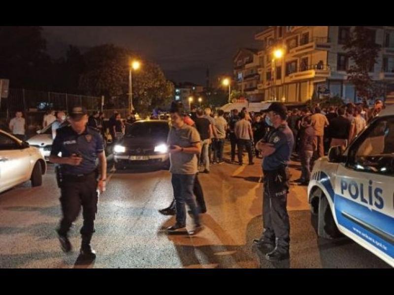 Антимигрантски протести в Турция: нападат къщи, разбиват магазини, преобръщат коли